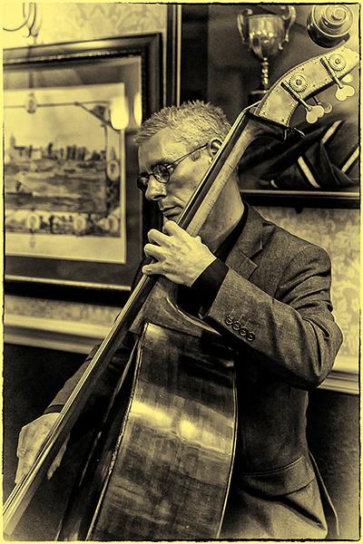John Bedford & Double Bass, Liaison Jazz Trio